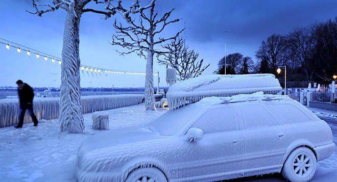 جلوگیری از یخ زدن درهای ماشین در زمستان